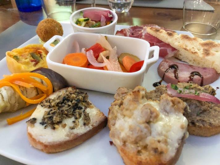 Casale Management - Food - Italia - Italy - Umbria - Orvieto - Il Labirinto di Adriano - Pranzo - Cena - Antipasto - Antipasto del Labirinto