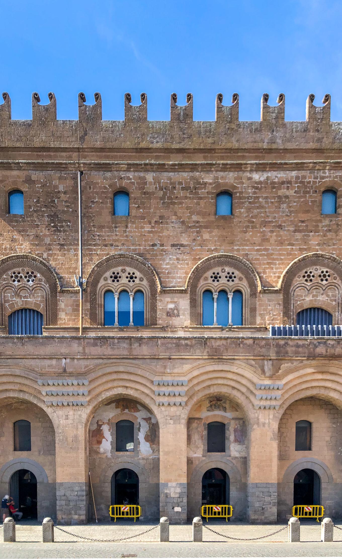 Italia - Italy - Casale Management - Travel - Orvieto - Palazzo del Capitano del Popolo (lato - facciata)